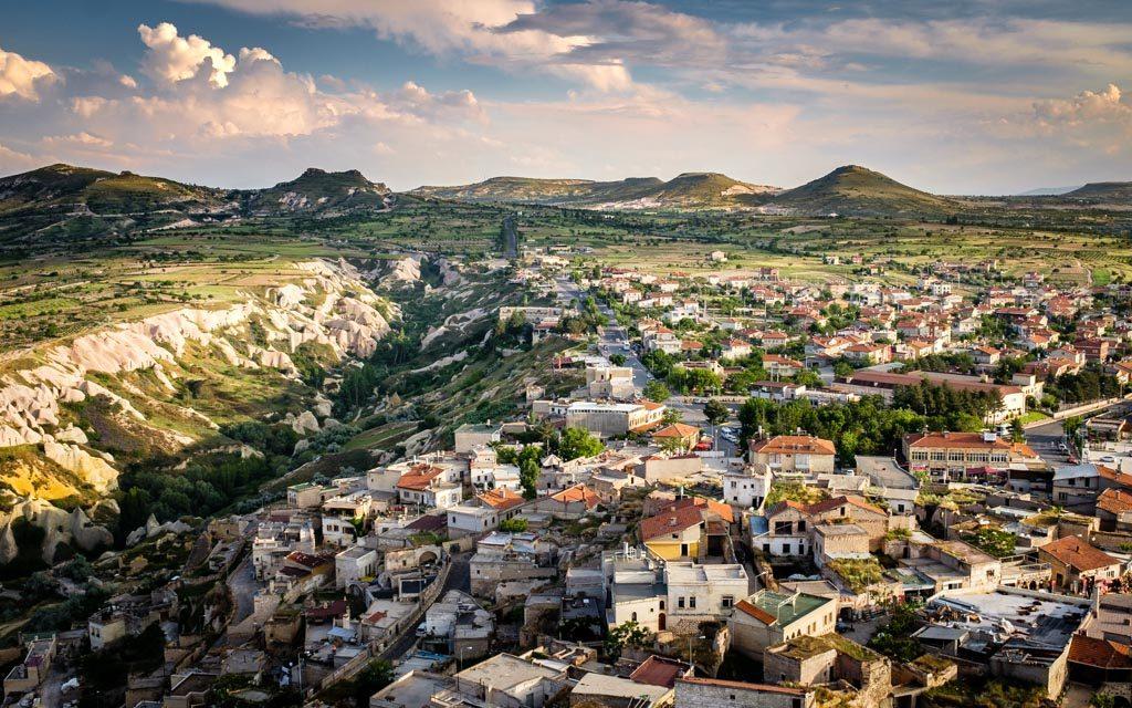 photo couleur de Uçhisar, un village troglodytique